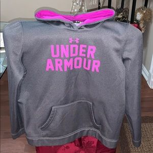 Under Armour hoodie 🌸